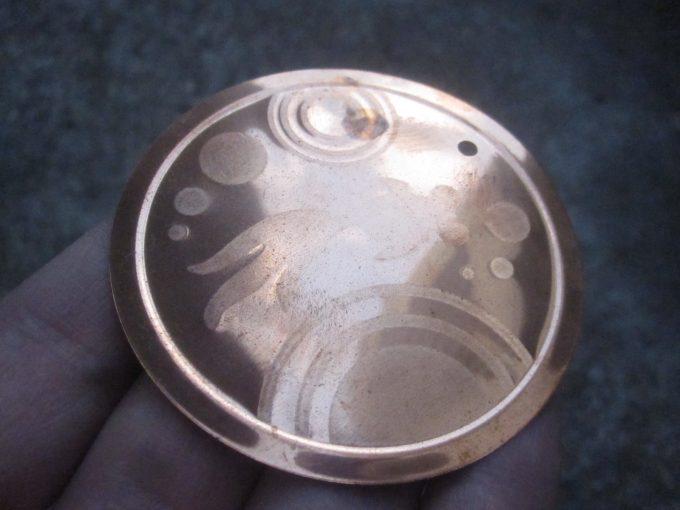 使わずに保管していたピカピカの虫の発生を抑える銅板