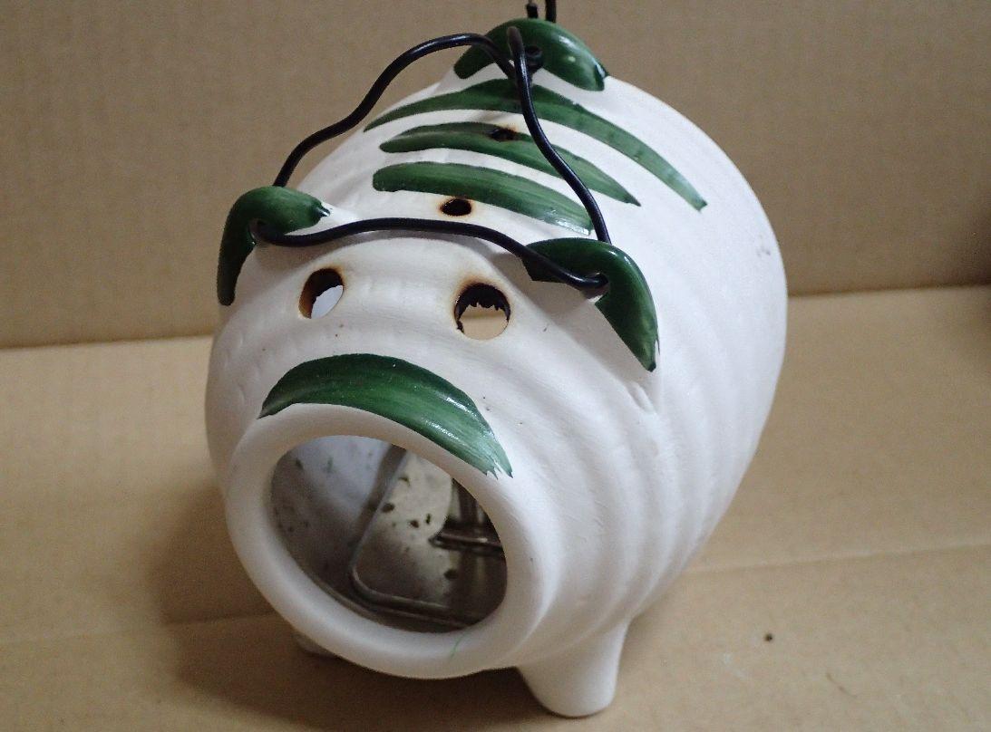 ダイソーで購入したミニサイズ蚊遣り豚(小)